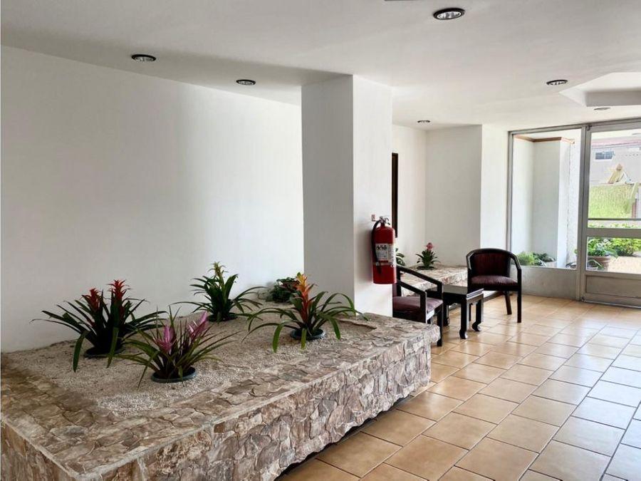 apartamento en rohrmoser full amoblado a1062