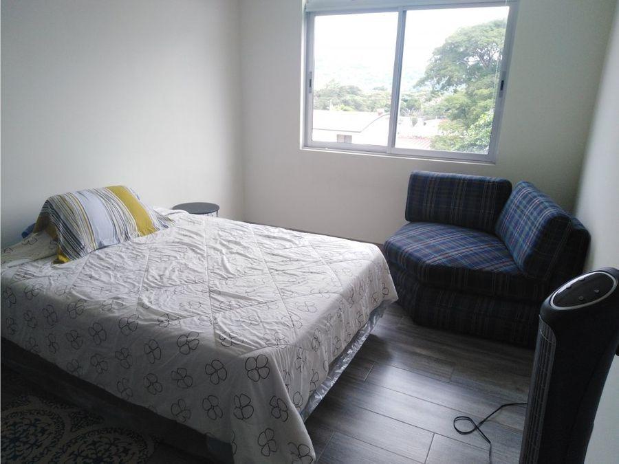 apartamento en santa ana excelentes amenidades a0785