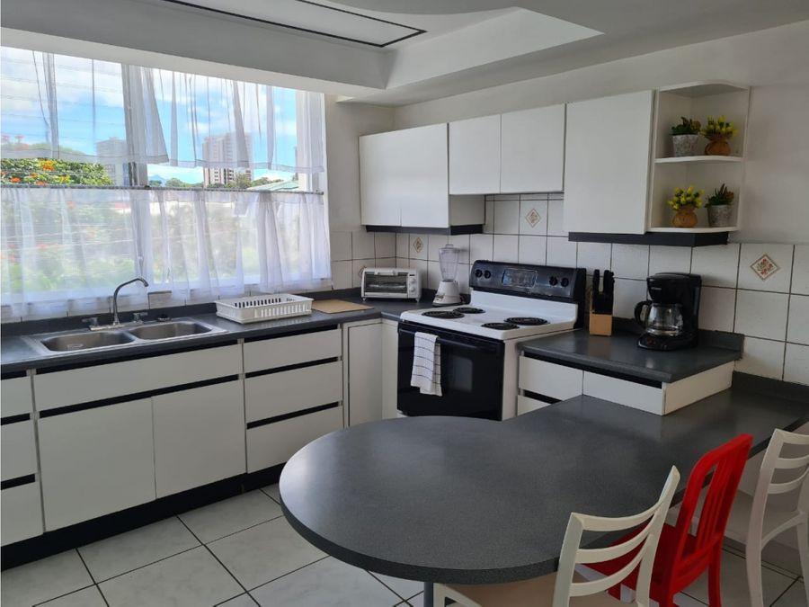 apartamento en sabana amplio y amoblado a1076