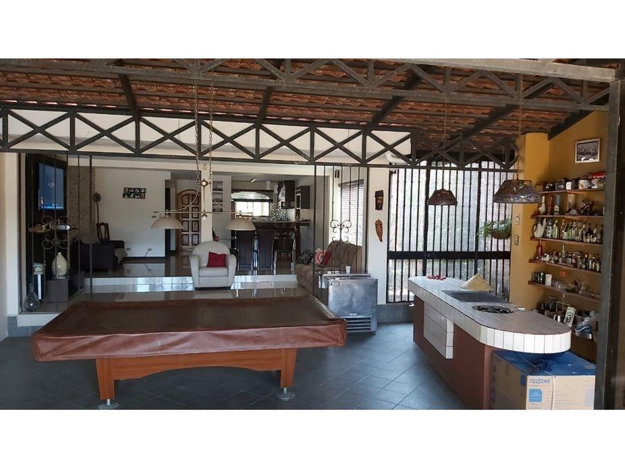casa en rohrmoser amplias areas sociales privadas v0377