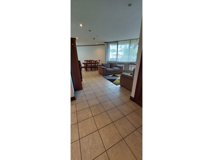 apartamento en rohrmoser amplio y amoblado a1183