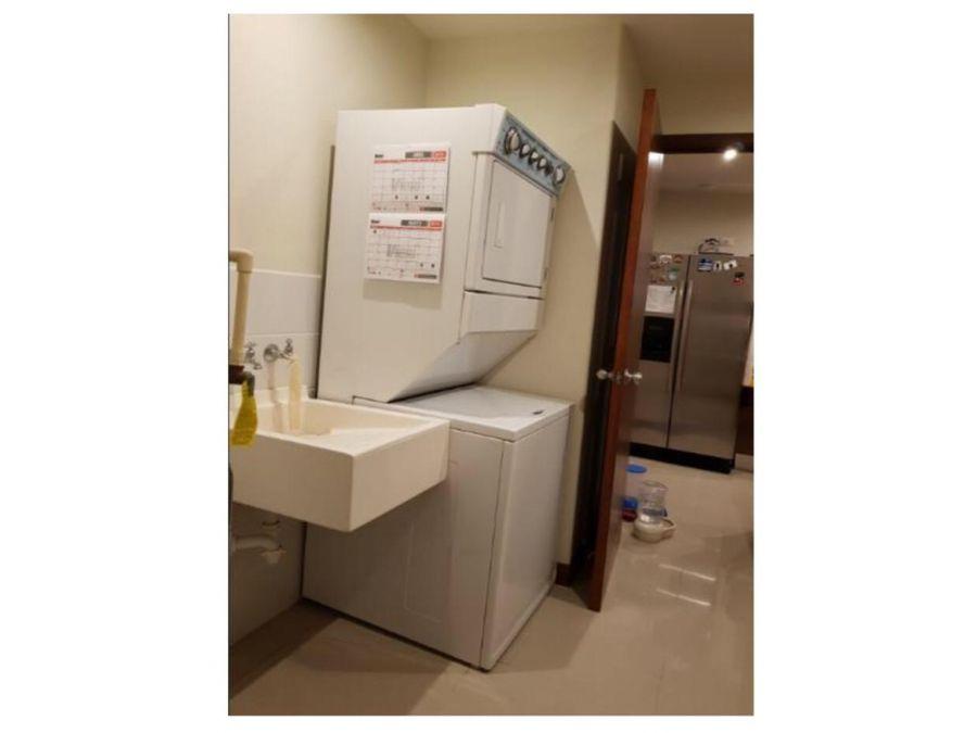 apartamento en renta en edificio akoya zona 14