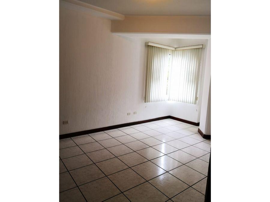apartamento en renta en edificio real victoria