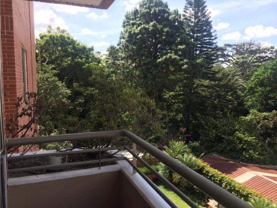 apartamento en renta en jardines del acueducto zona 10