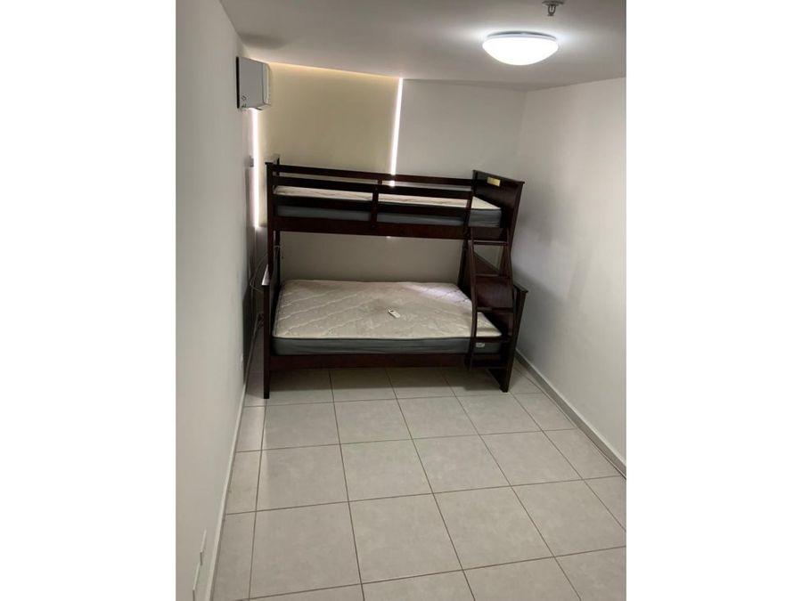 alquilo apto con camas 800 vista al mar ph bay view