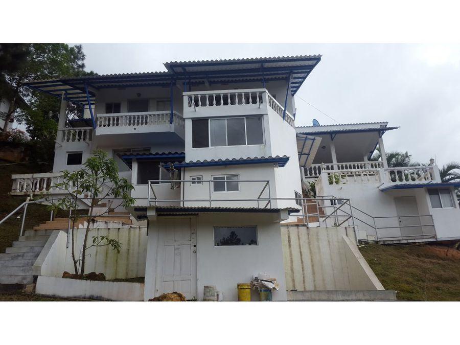 venta de casa en cerro azul