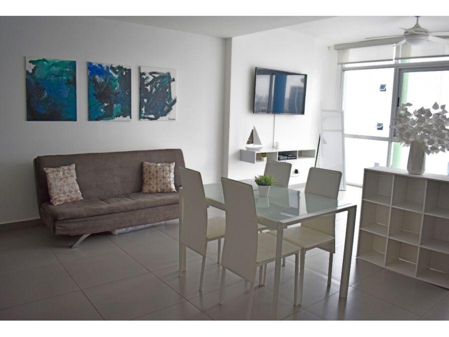 alquiler de apartamento amoblado ph colores 850 neg ave balboa