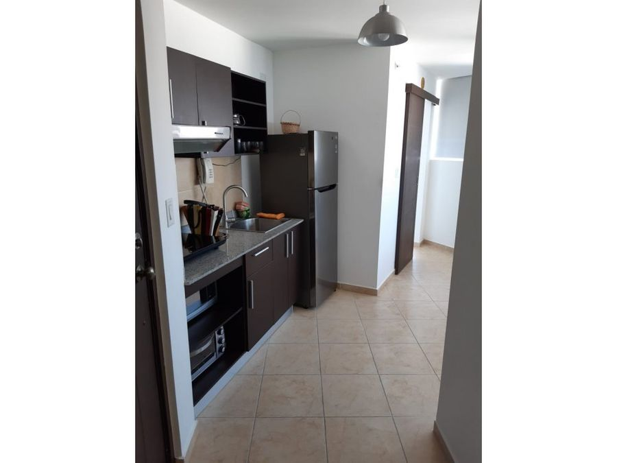 alquilo apto amoblado 1 rec 750 ph bay view