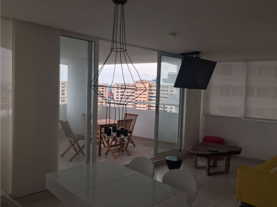 alquilo apto 3 rec amoblado 1050 ph bay view