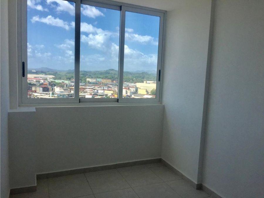 alquilo apto de 3 rec con balcon 950 ph bay view ave balboa