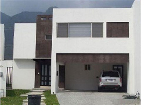 casa en renta en la rioja fraccionamiento privado hz