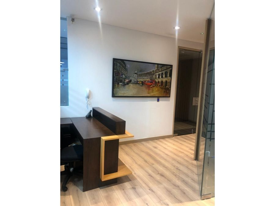 venta espectacular oficina en la calleja of 113