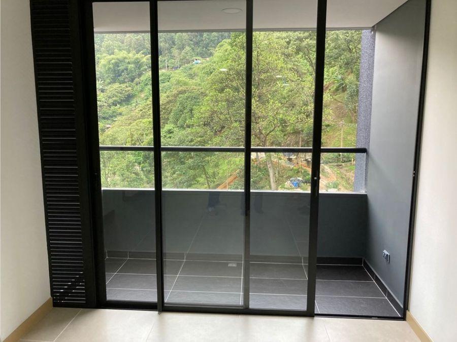 se vende apartamento en el poblado medellin sector las palmas