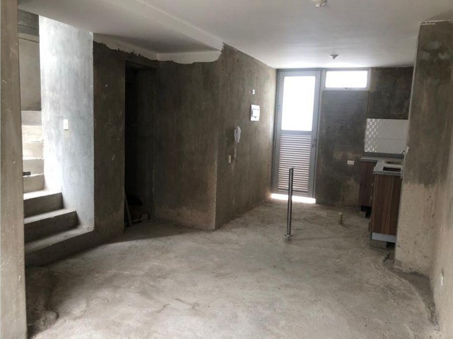 se vende casa en sector curinca santa marta