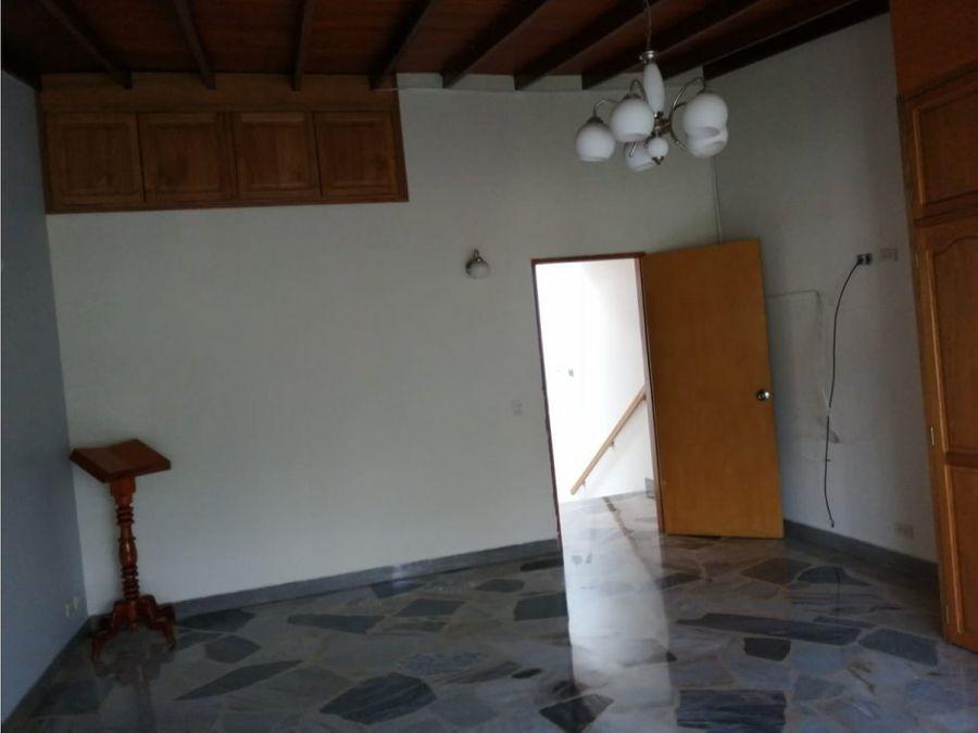 casa en venta en poblado medellin