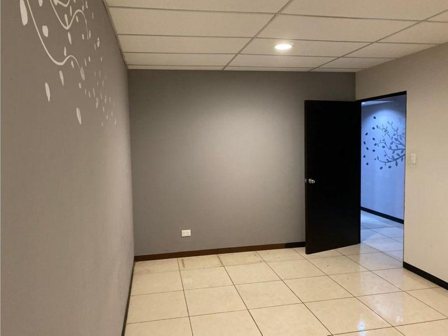 oficina en alquiler zona 10 ciudad de guatemala