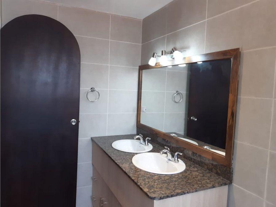 alquiler de apartamento en zona 15 vhi