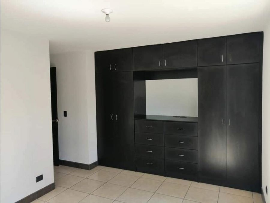apartamento en renta zona 16
