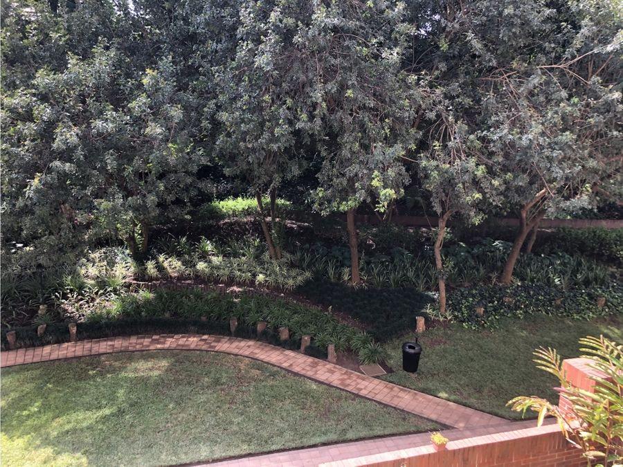 se vende apartamento en jardines de acueducto zona 10