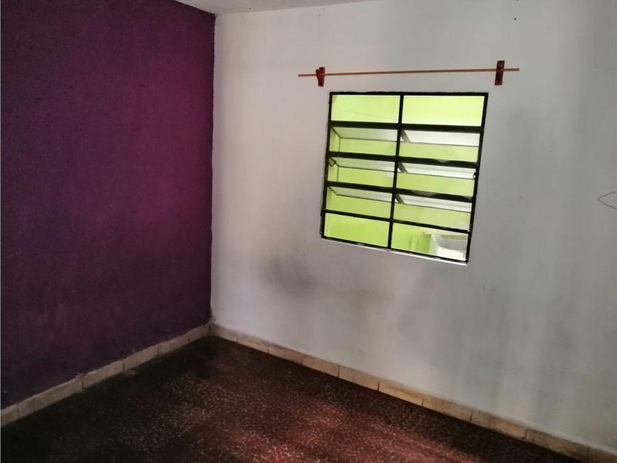 vendo casa para remodelar en avenida hincapie zona 13