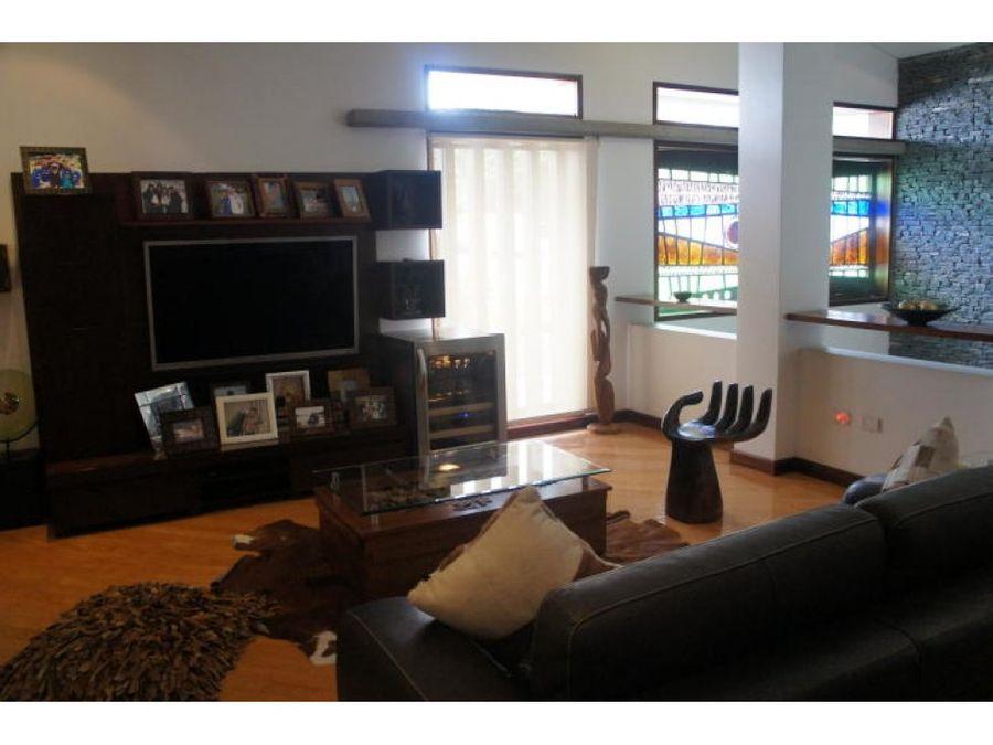 casa vip en venta el marques 5h 8b 5p