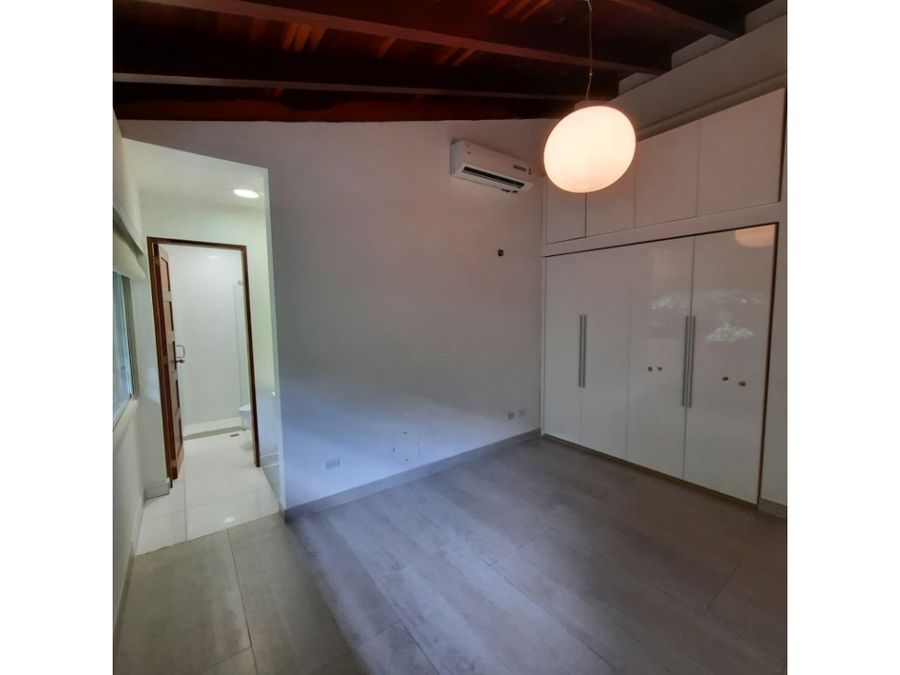 casa vip en venta en los campitos 5h 3s 10b 8p