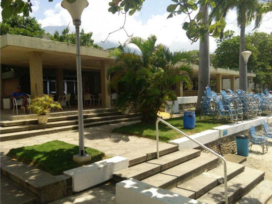 apartamento en venta caraballeda caribe 2h 2b 1p