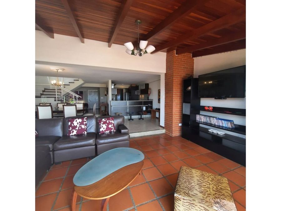 town house en venta loma linda 3h 4b 4p