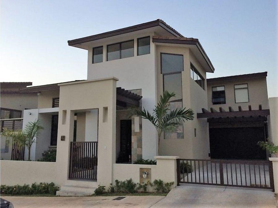 vendo casa en nativa panama pacifico