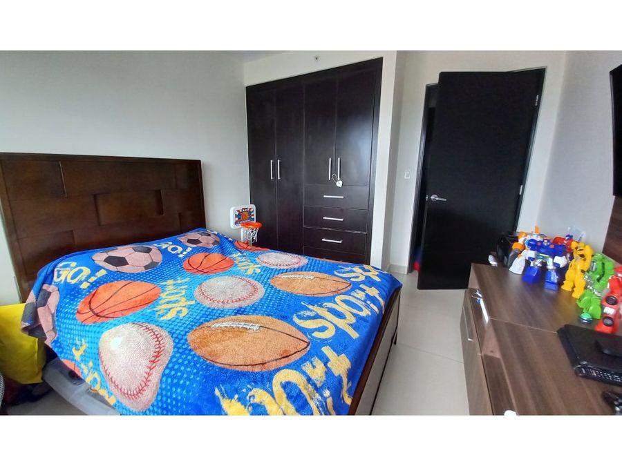 en venta amplio y comodo apartamento en woodlands panama pacifico