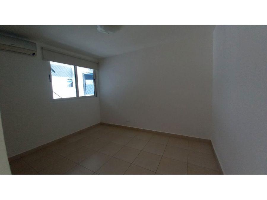 se vende 160m2 3hab ph blue park calle 45 este