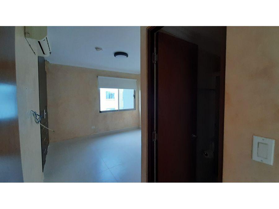apartamento con cuarto de empleada woodlands panama pacifico