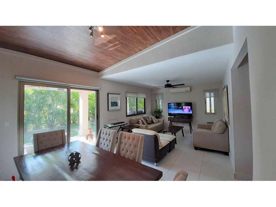 hermosa casa unifamiliar en venta woodlands panama pacifico