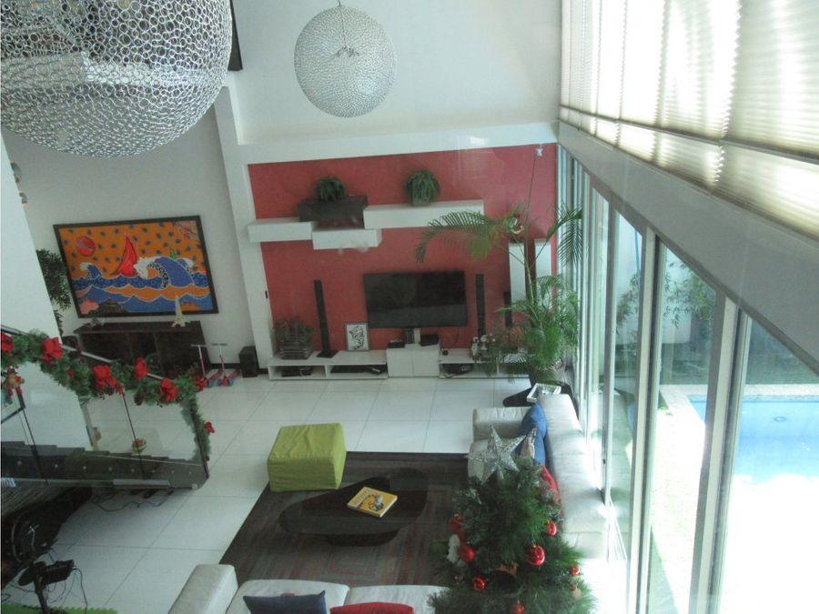 vendo casa en ph minimal house