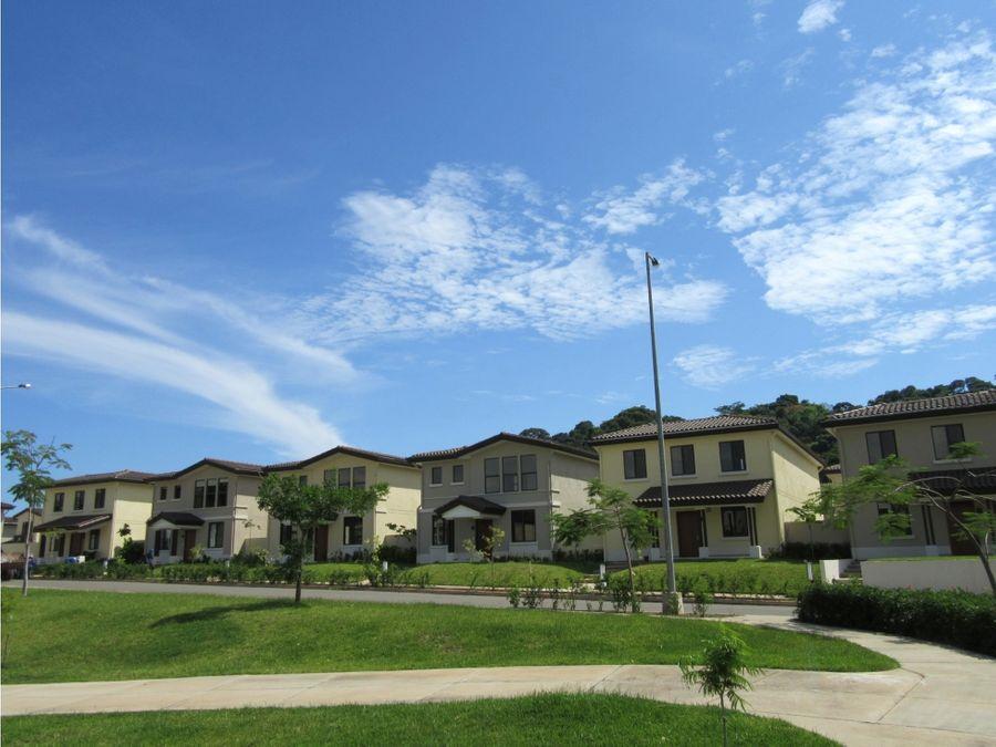 en alquiler casa de 4 recamaras en river valley panama pacifico