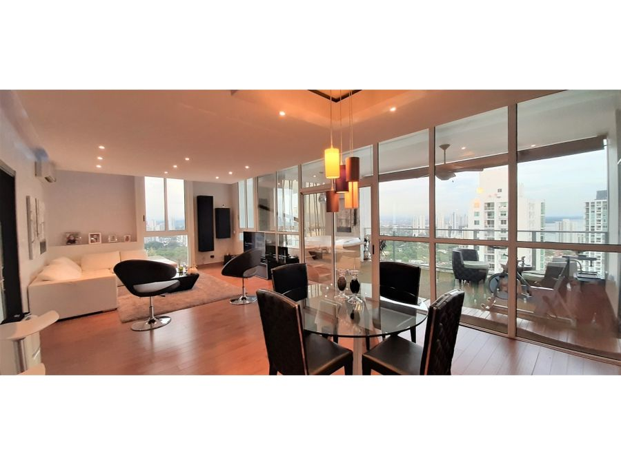 se vende espectacular apartamento en ph quadrat san francisco