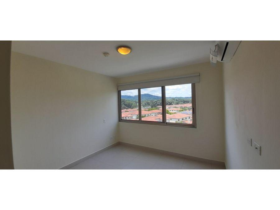 apartamento con hermosa vista woodlands panama pacifico