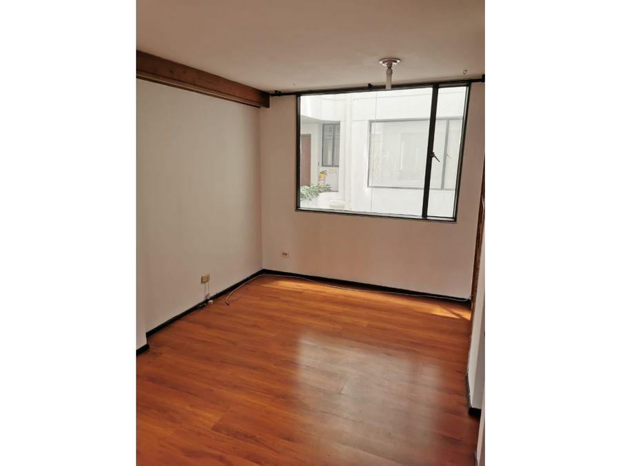 apartamento exterior con mucha luz en rosales emaus