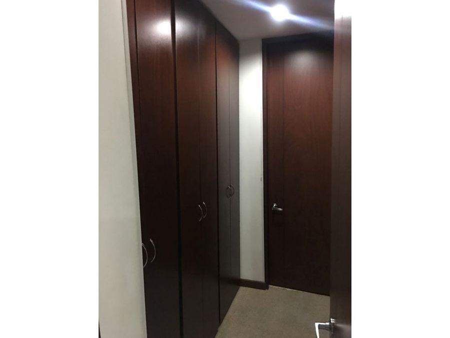 apartamento interior con luz en chapinero alto