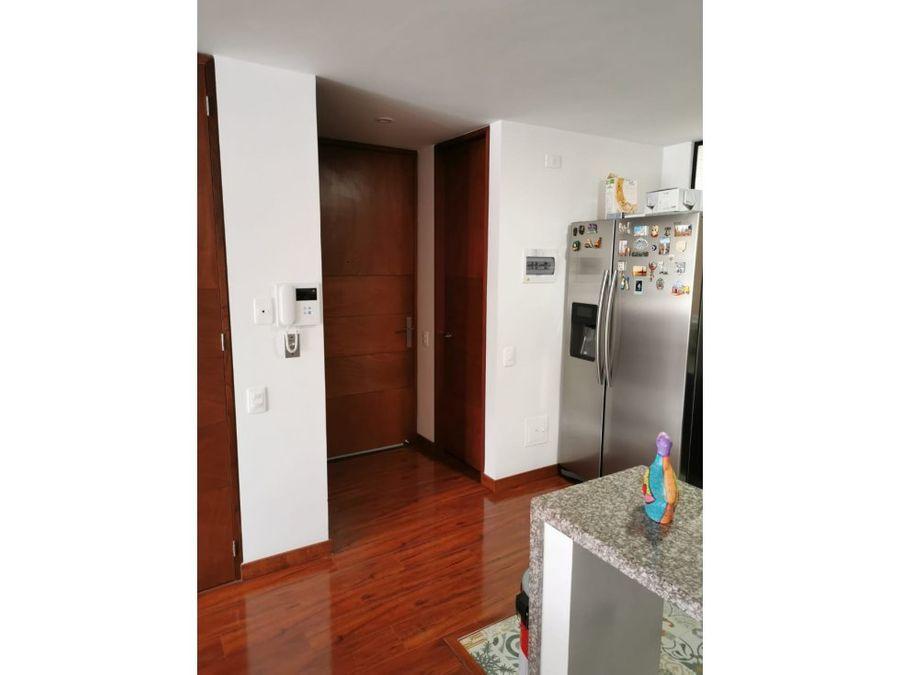 apartamento muy iluminado en chico navarra