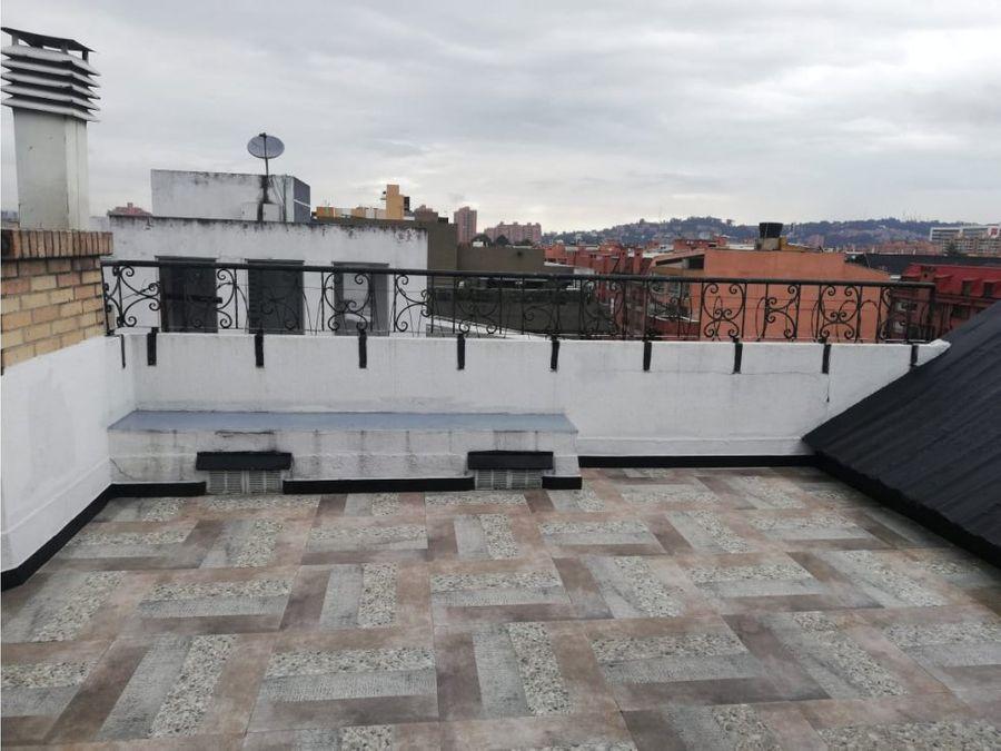 apartamento triplex con terraza en el batan