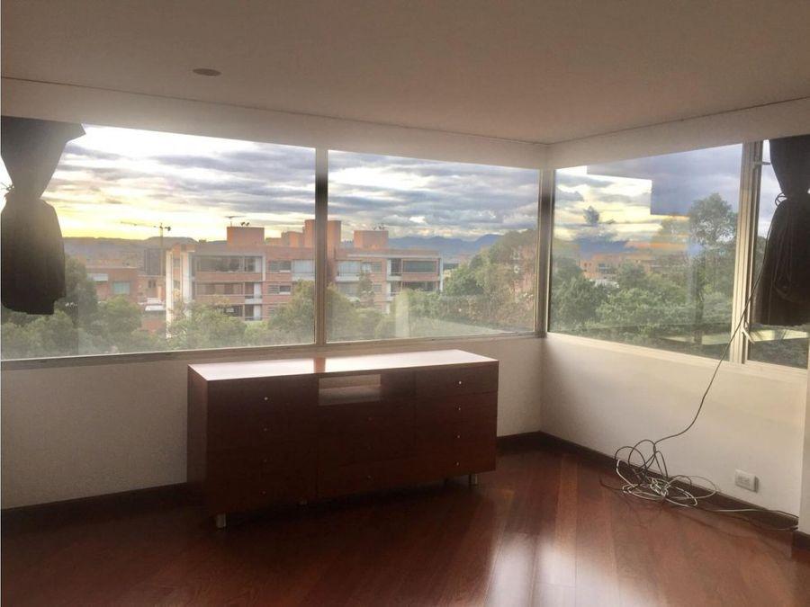 apartamento duplex remodelado en el refugio