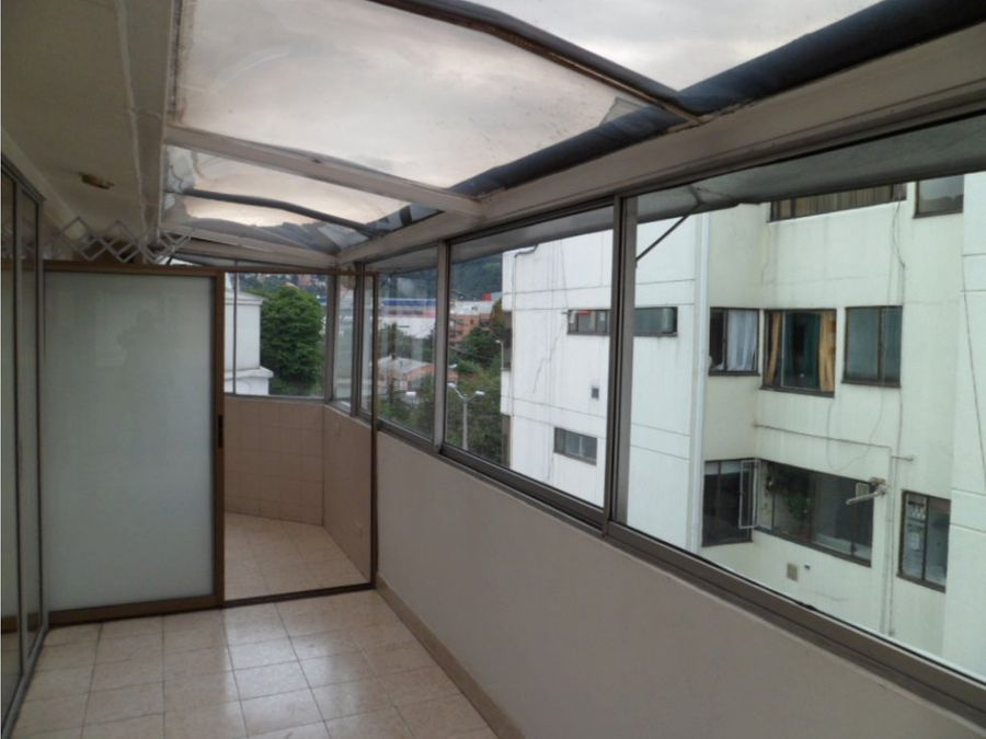 apartamento ph duplex con terraza en santa paula negociable