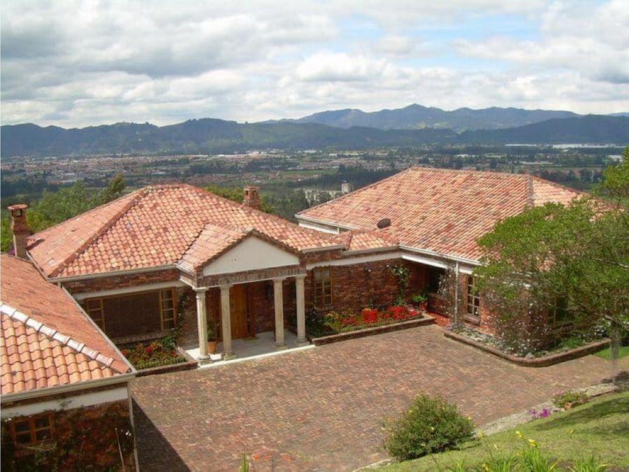 hermosa casa con vista panoramica en yerbabuena