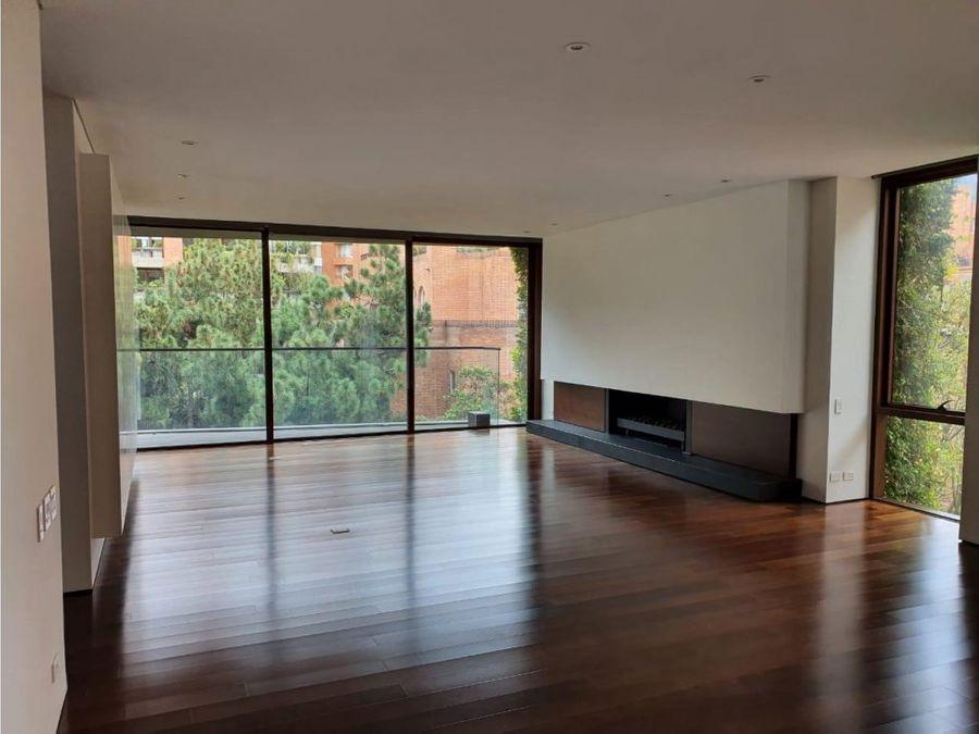 apartamento moderno y exterior con terraza en los rosales