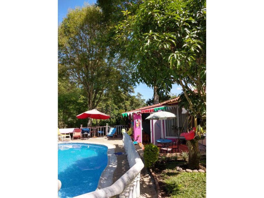 hermosa casa de diseno colonial con piscina en la vega