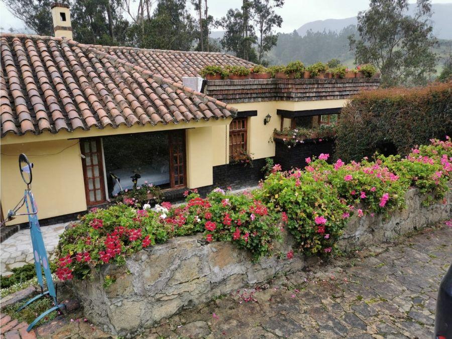 hermosa casa campestre a 30 de bogota en la calera