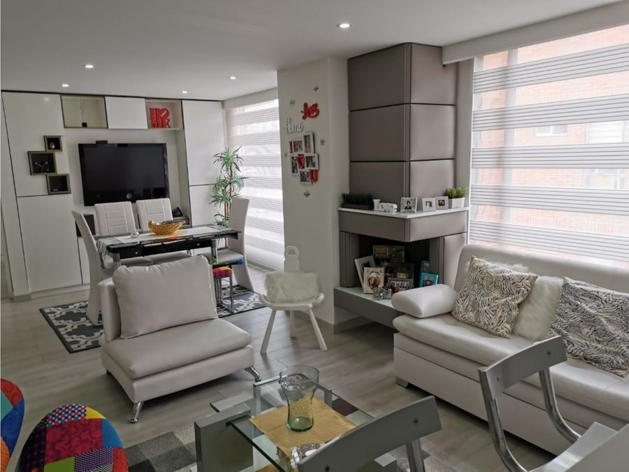 hermoso apartamento muy iluminado en santa bibiana