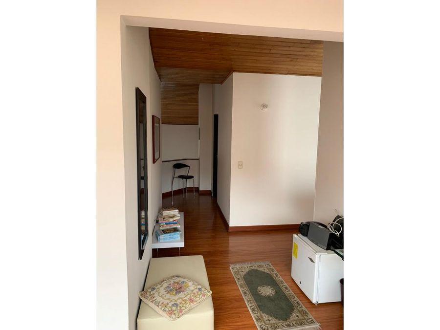 apartamento duplex exterior sin ascensor en la calleja