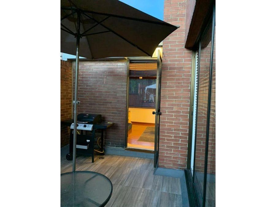 apartamento interior con terraza en santa bibiana